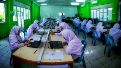 Photo of Siswa SMP ISS Mengikuti Ujian Online USBN BK