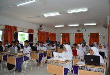 Photo of Siswa SMK MSBS Adu Desain di UKK