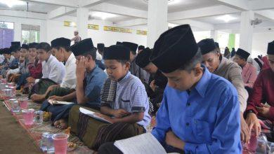 Photo of Santri MSBS Rutin Baca Surah Yasin